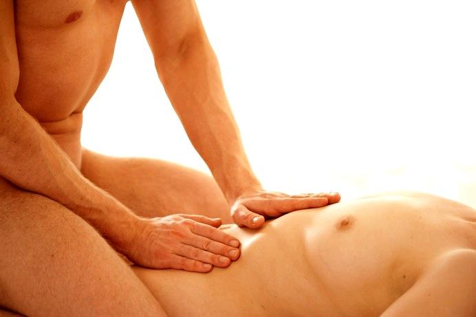poco riguroso masaje besando